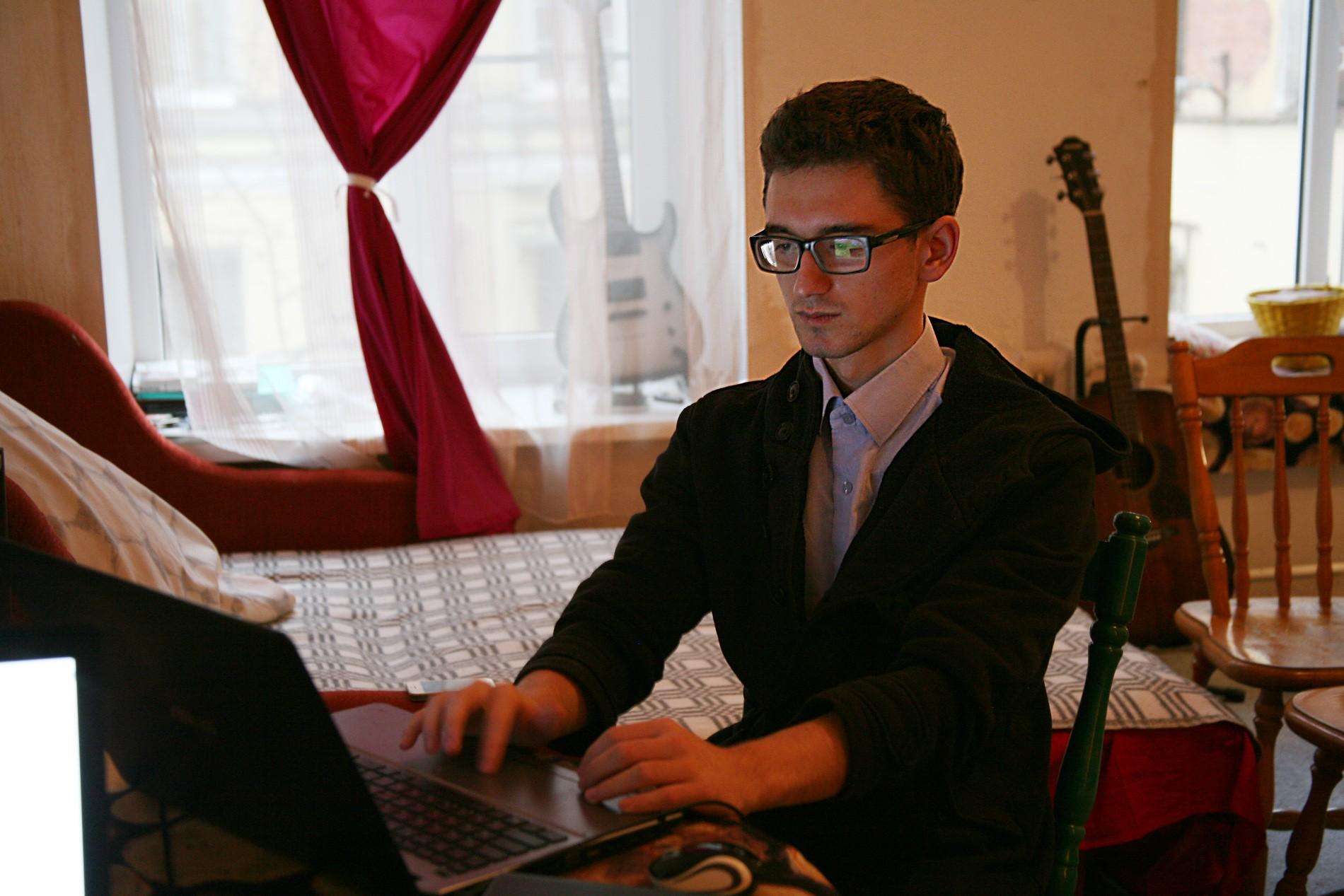 Сайты знакомств для женщин платно мужчин