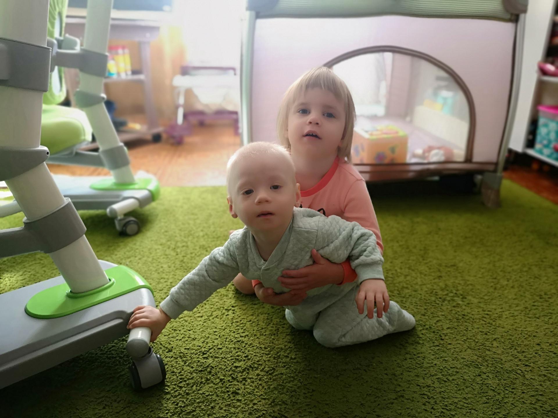 Сережа и Соня дома. Сентябрь 2020 года
