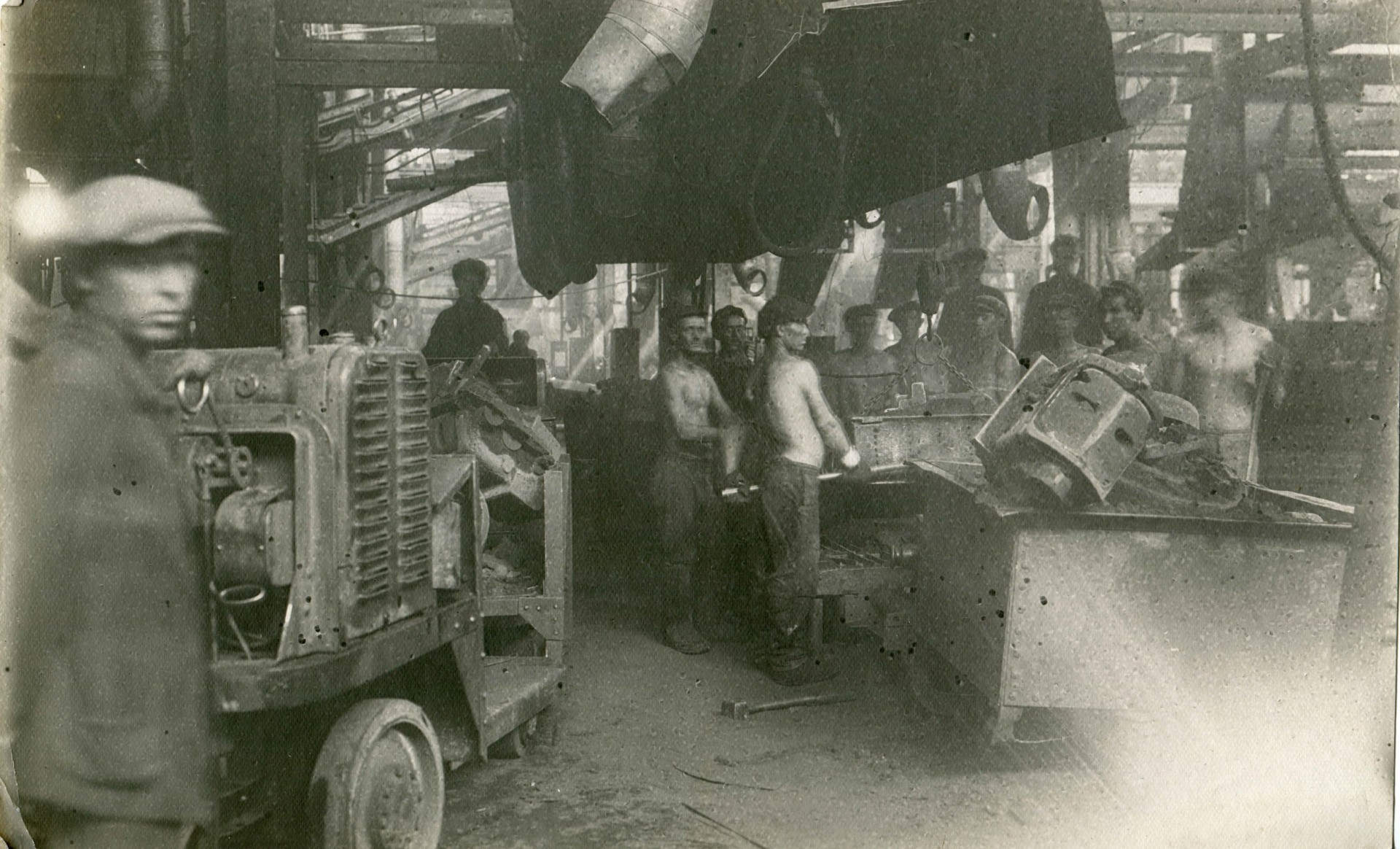 фото танка на стз г волгоград добавляют